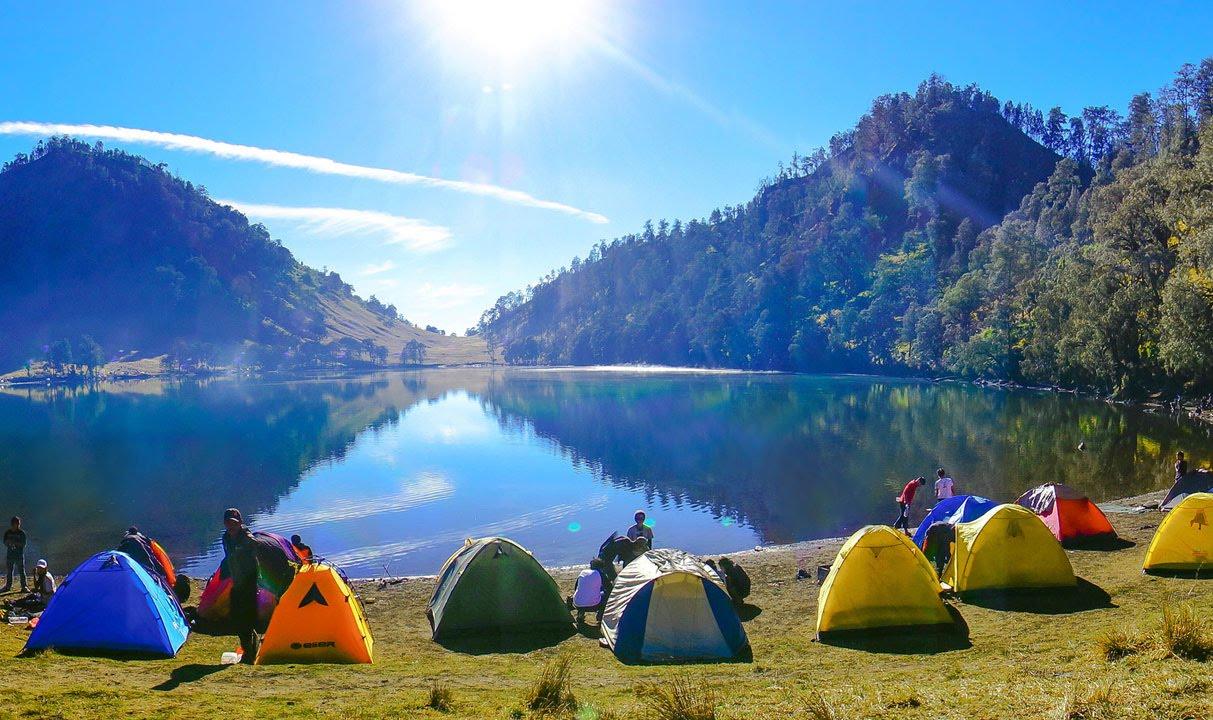 wisata indonesia di gunung